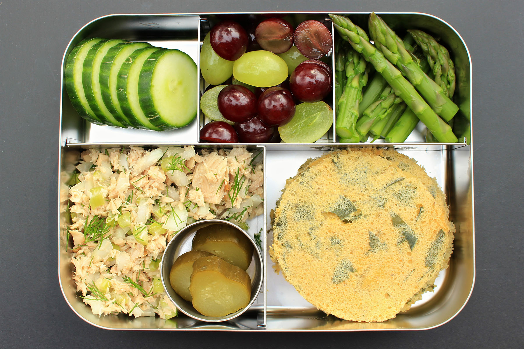 tuna-salad-bento-box